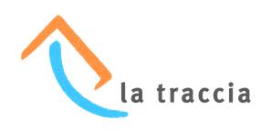 """A sinistra il logo: un arco azzurro che va dall'alto verso destra e, sopra di esso, una v capovolta arancione; la parte destra è più lunga. A destra le parole """"la traccia""""."""